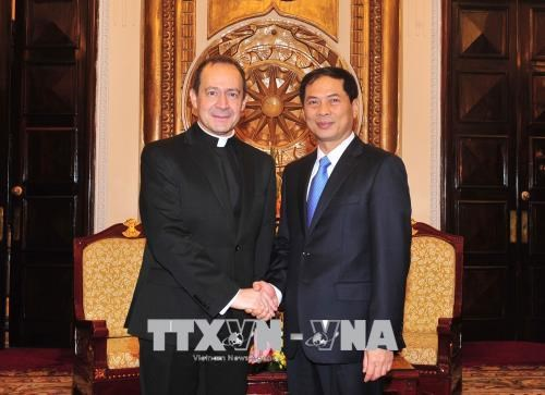 Le sous-secretaire du Vatican pour les relations avec les Etats se rend au Vietnam hinh anh 3