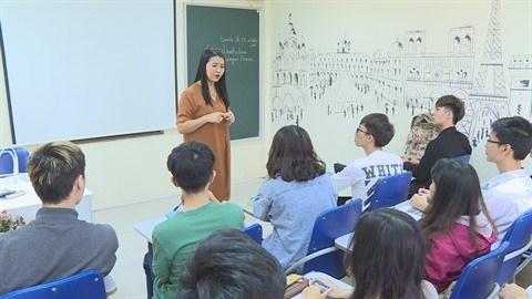 Une professeure devouee a la langue de Moliere hinh anh 1