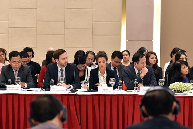 Dialogue sur les politiques avec les entreprises europeennes hinh anh 2