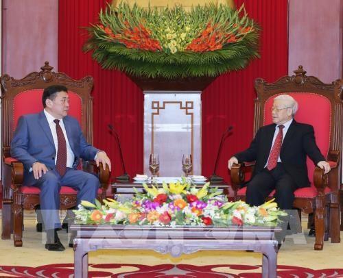 Le leader du PCV recoit le president de l'Assemblee nationale mongole hinh anh 1