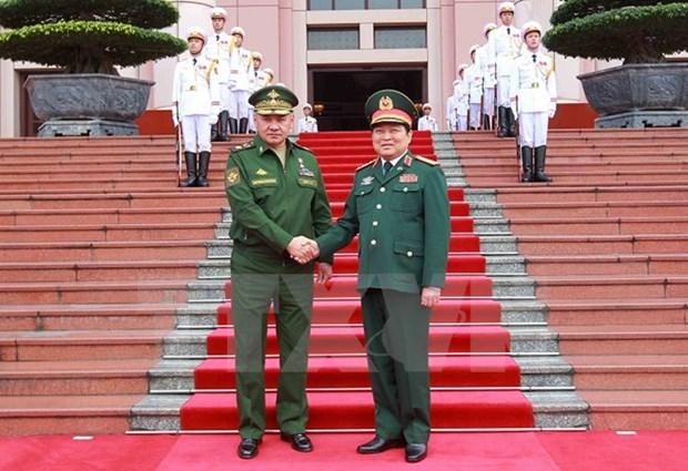 Renforcement de la cooperation Vietnam-Russie dans la defense hinh anh 1