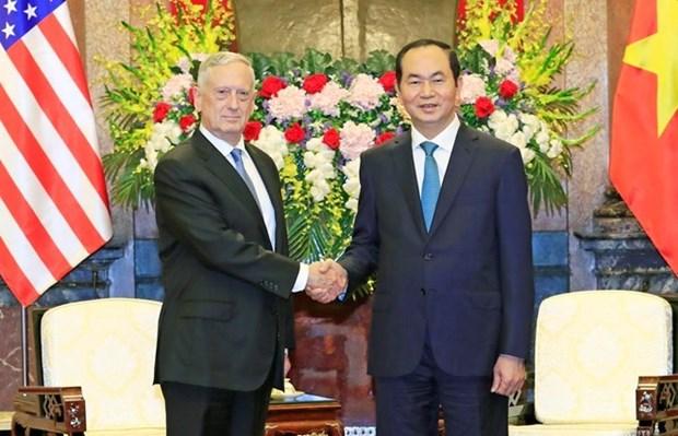 Le president Tran Dai Quang recoit le secretaire d'Etat americain a la Defense hinh anh 1