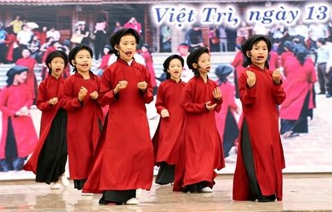 La vitalite du hat xoan sur la terre des rois Hung hinh anh 3