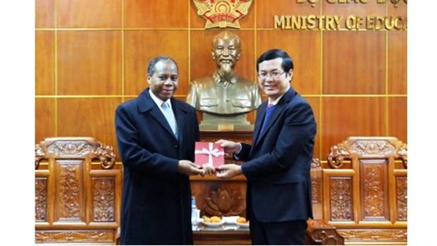 Vietnam et Mozambique resserrent leur cooperation dans l'education et la formation hinh anh 1