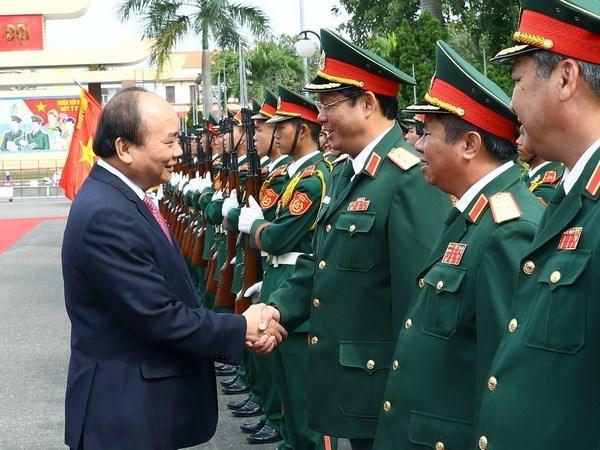 """A la 5e region militaire, le PM souligne l'exemple de """"Soldats de l'Oncle Ho"""" hinh anh 1"""