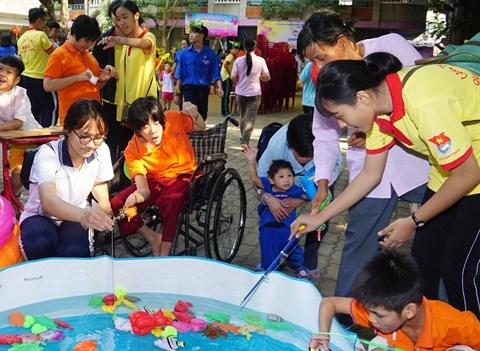 Un printemps de l'amour pour les enfants handicapes et orphelins hinh anh 2