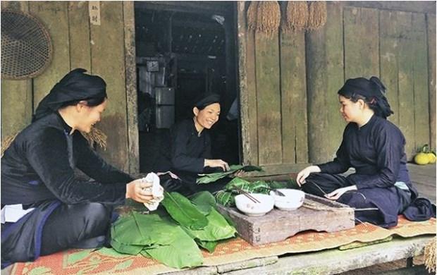 "Savoureuse plongee dans le Tet ""Dap noi"" a Cao Bang hinh anh 1"