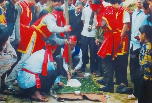 A Phu Tho, le village de Truc Phe met le banh day a l'honneur hinh anh 2