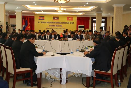 Le Vietnam preside les sommets GMS et CLV hinh anh 1