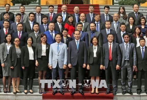 Pour accelerer les activites de services du commerce a l'etranger hinh anh 1