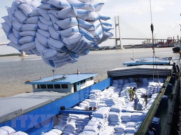 La visite du president Tran Dai Quang, un vent nouveau sur les liens commerciaux Vietnam-Bangladesh hinh anh 1