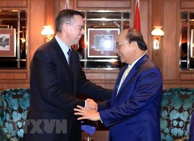 Le PM Nguyen Xuan Phuc rencontre les responsables de plusieurs grands groupes neo-zelandais hinh anh 1