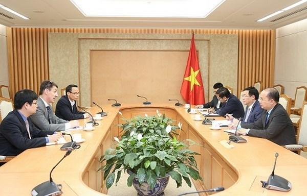 Le gouvernement vietnamien apprecie les idees des economistes hinh anh 1