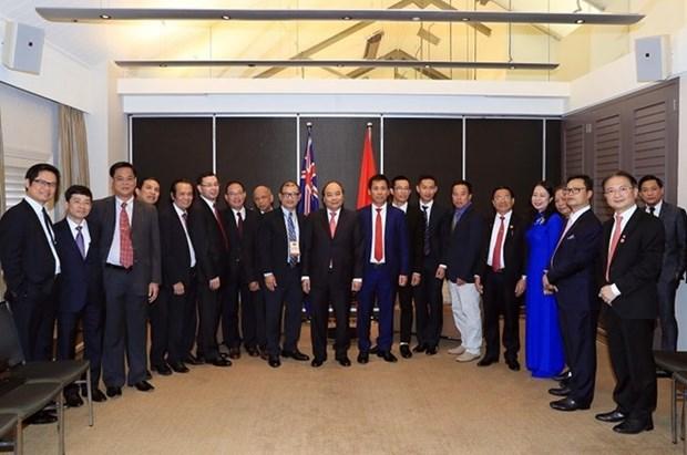 Le PM rencontre des entrepreneurs et intellectuels vietnamiens en Australie hinh anh 1