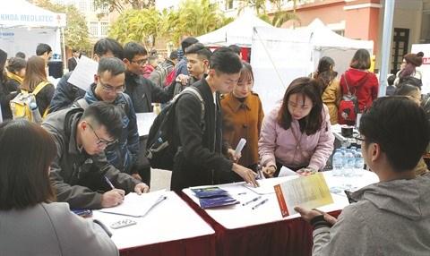 Le Vietnam s'efforce de ramener le taux de chomage en dessous de 4% hinh anh 2