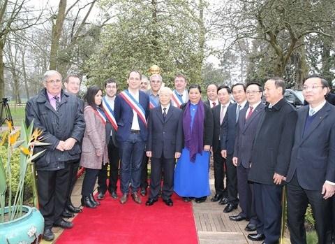 Vietnam - France : les relations traditionnelles entre les deux partis communistes ne cessent de se developper hinh anh 1