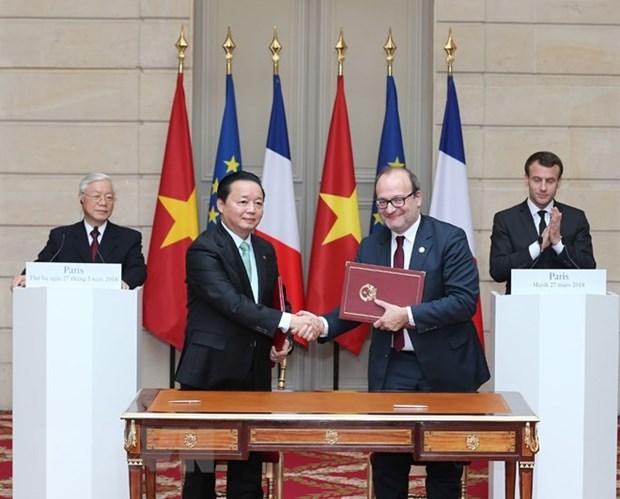 Le leader du PCV et le president francais affirment une nouvelle dynamique aux liens hinh anh 1
