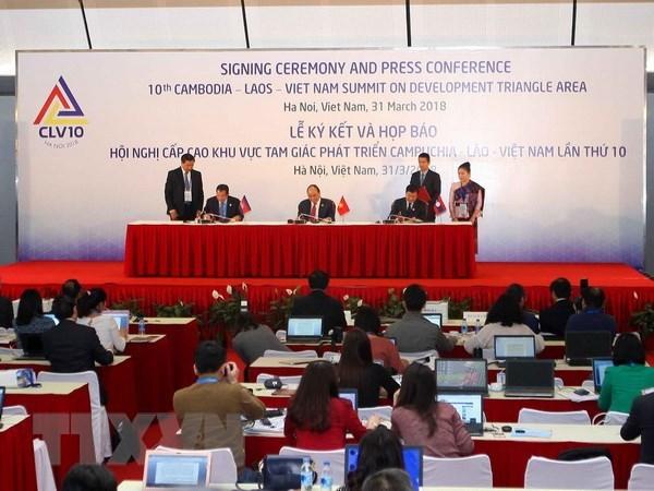 Declaration commune du 10e Sommet Cambodge-Laos-Vietnam hinh anh 1