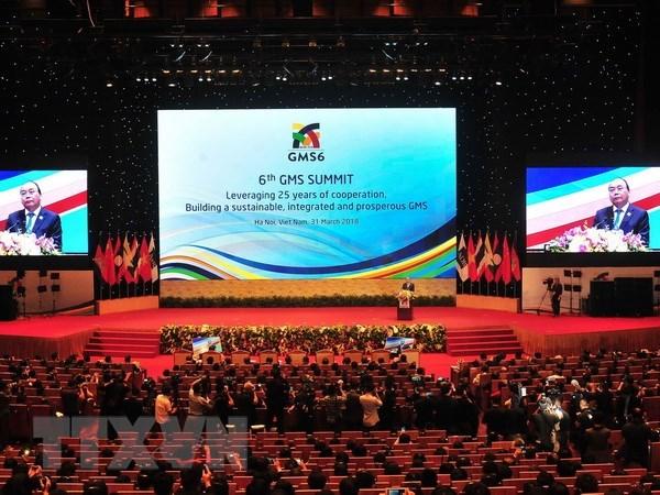 Seance pleniere du 6e Sommet de la sous-region du Grand Mekong hinh anh 1
