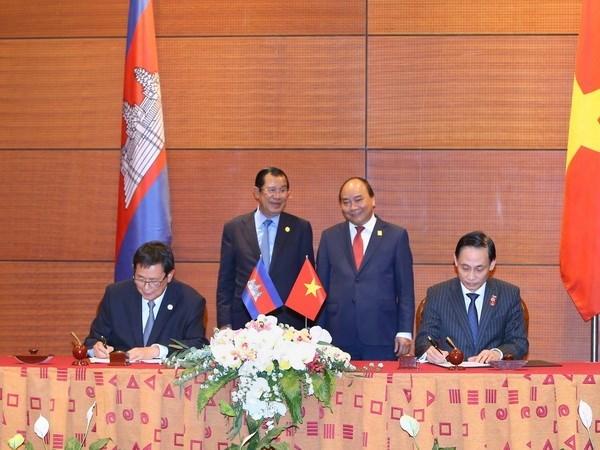 Reunion du Comite mixte sur la demarcation et le bornage des frontieres terrestres Cambodge-Vietnam a Hanoi hinh anh 1
