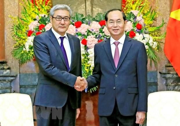 Le chef de l'Etat recoit le secretaire du Conseil national de securite de Mongolie hinh anh 1