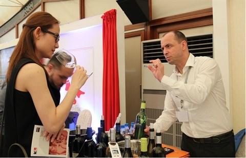 Tasting France 2018: les vins et spiritueux francais presentes aux Vietnamiens hinh anh 2