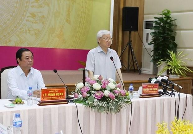 Le leader du PCV inspecte le developpement socio-economique de Dong Thap hinh anh 1