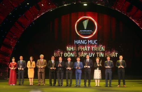 Remise des Prix nationaux de l'immobilier du Vietnam 2018 hinh anh 1