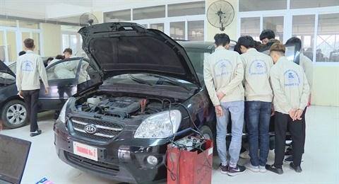 L'AFD soutient la formation professionnelle au Vietnam hinh anh 1