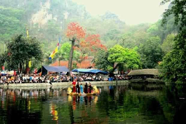 Hanoi: la fete de la pagode Thay devient une saison de festivites hinh anh 1