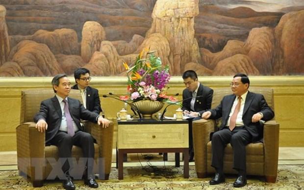 Le secretaire du CC du PCV Nguyen Van Binh visite la ville de Shanghai hinh anh 1