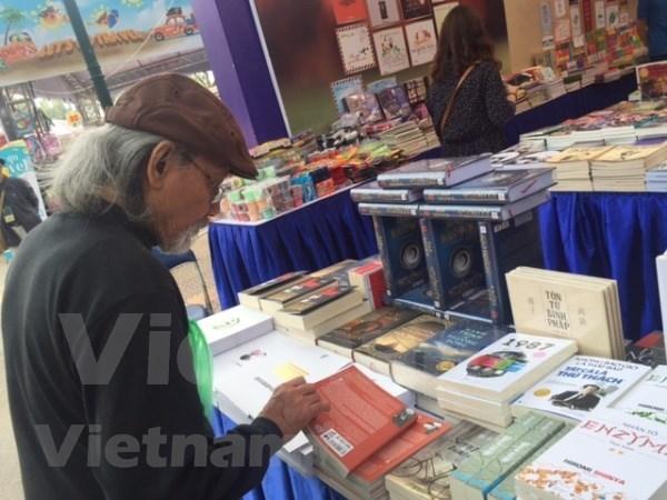 Ouverture de la 5e Journee des livres du Vietnam 2018 hinh anh 1