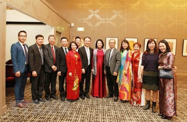 Activites de la vice-presidente Dang Thi Ngoc Thinh en Australie hinh anh 1