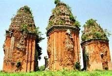 A l'ombre des tours cham a Binh Dinh, dans le Centre hinh anh 2