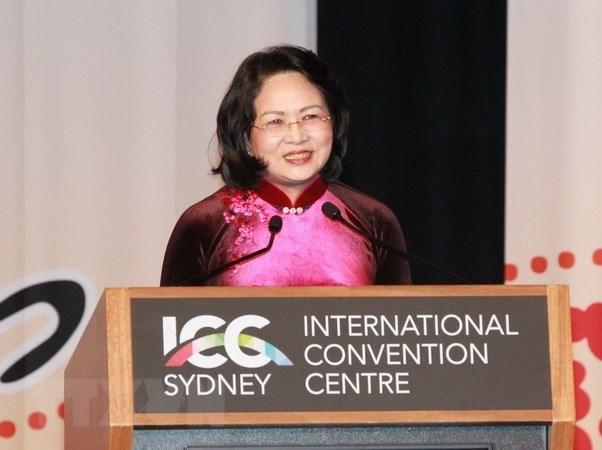 La vice-presidente Dang Thi Ngoc Thinh exhorte les femmes a tirer la connectivite economique hinh anh 1