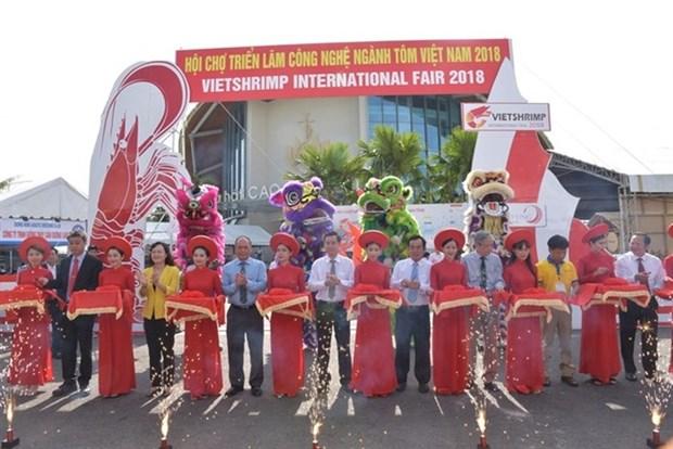 La deuxieme foire-expo des technologies de la crevetticulture a Bac Lieu hinh anh 1