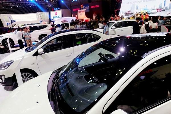 Avril: les importations de vehicules en chute libre hinh anh 1