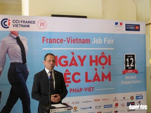 300 personnes trouvent des emploi au Salon de l'emploi Vietnam-France hinh anh 1