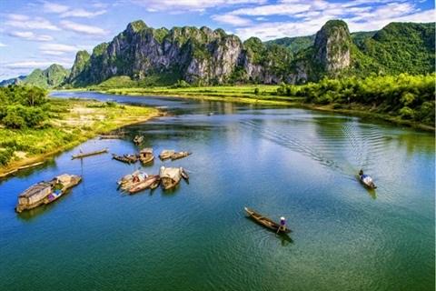 Quang Binh, terre d'epreuves et de fierte hinh anh 3