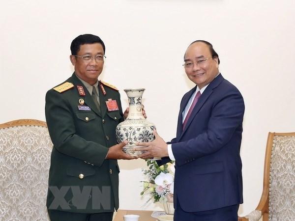 Le PM recoit le chef d'etat-major general de l'Armee populaire lao hinh anh 1