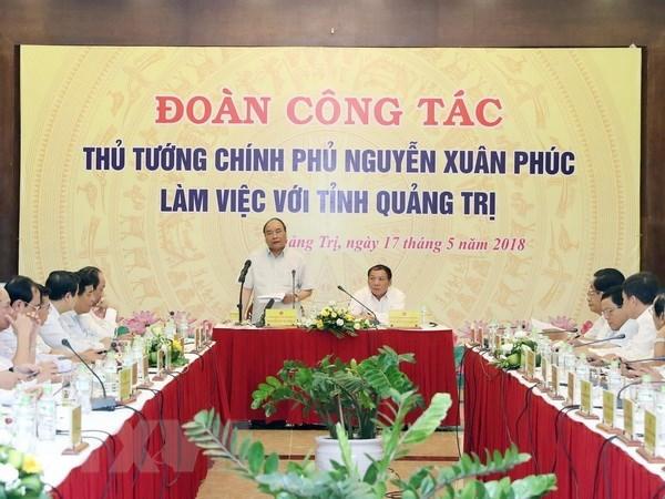 Le PM exhorte Quang Tri a instaurer une gouvernance benefique a la population et aux entreprises hinh anh 1
