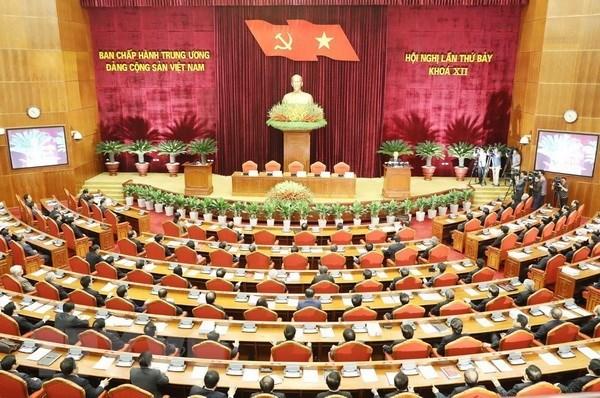 Publication de la resolution sur la reforme de la politique d'assurance sociale hinh anh 1