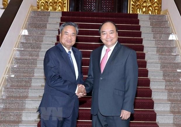 Le PM Nguyen Xuan Phuc promet plus de soutien a la formation au Laos hinh anh 1