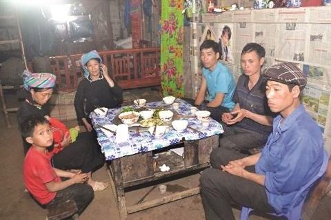 A la rencontre des Xuong, un groupe ethnique original a Ha Giang hinh anh 1
