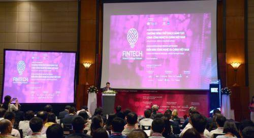 Forum sur les technologies financieres du Vietnam 2018 hinh anh 1