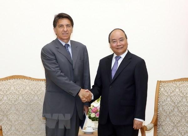 Le PM Nguyen Xuan Phuc recoit l'ambassadeur de Grece au Vietnam hinh anh 1