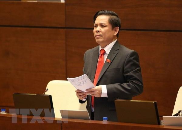Des ministres repondent aux questions des deputes de l'AN hinh anh 1