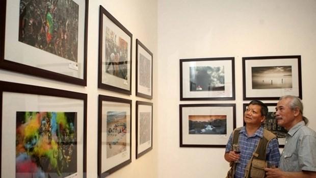 Ouverture de l'exposition de la societe photographique d'Amerique a Hanoi hinh anh 1