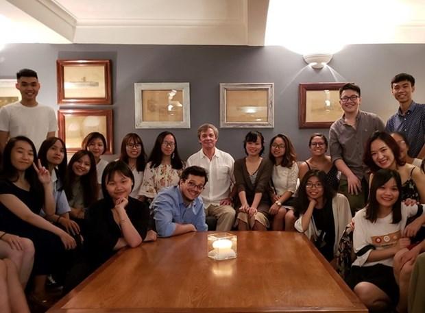 Le departement d'Espagnol contribue aux relations Vietnam-Argentine hinh anh 1