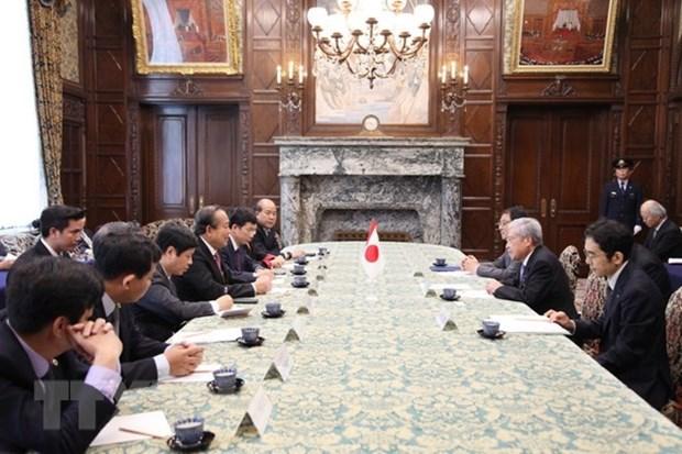Le vice-PM Truong Hoa Binh a un calendrier charge au Japon hinh anh 1